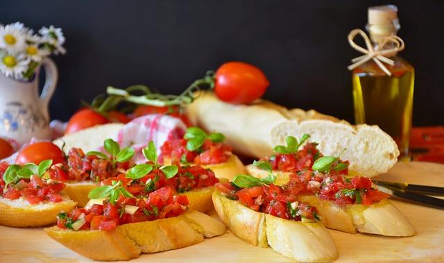 Bruschetta, Bread, Baguette, Tomatoes, Basil, Olive Oil