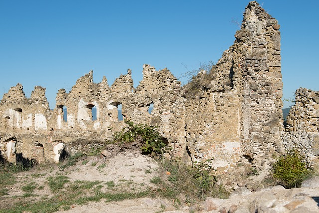 šášov Castle, Basket Case, Stones, Torso, The Sky
