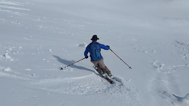 Skiing, Backcountry Skiiing, Skischwung, Touring Skis