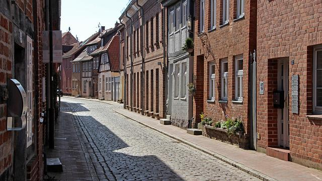 Möllen, Road, City, Tourism