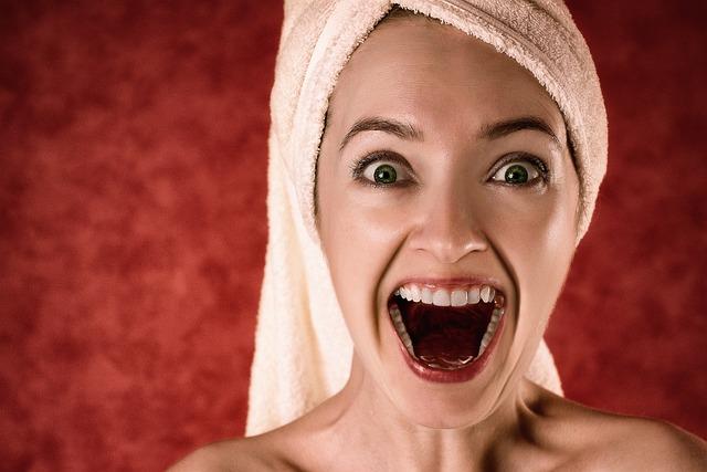 Woman, Towel, Surprised, Excited, Excitement, Portrait
