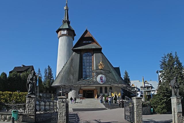 Pallottine Church, Buried, Centrum, Tower