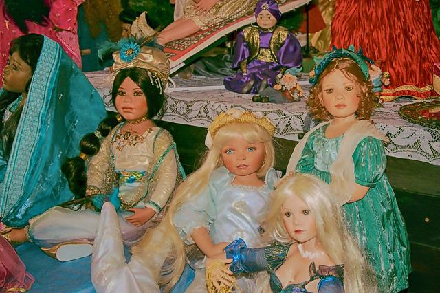 Dolls, Old, Historically, Toys, Old Toys, Museum