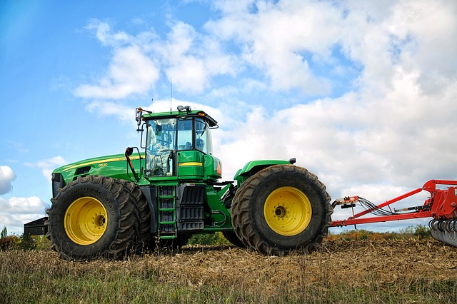 Tractor, Farming, Farm, Green, Agriculture, Farmer
