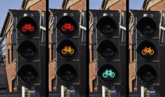 Traffic Light, Bicycle, Signal, Traffic, Street, Road