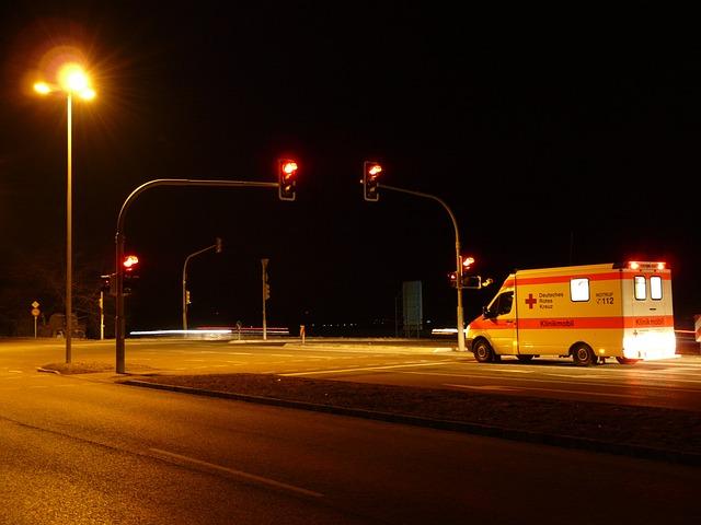 Traffic Lights, Red, Ambulance, Traffic Signal, Road