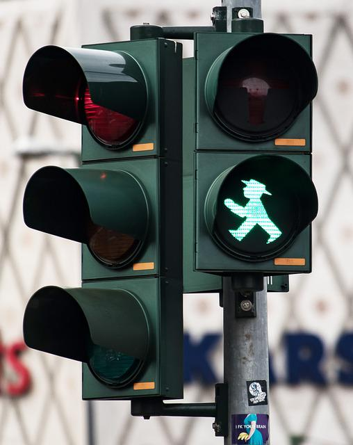 Traffic Lights, Traffic Signal, Road, Little Green Man