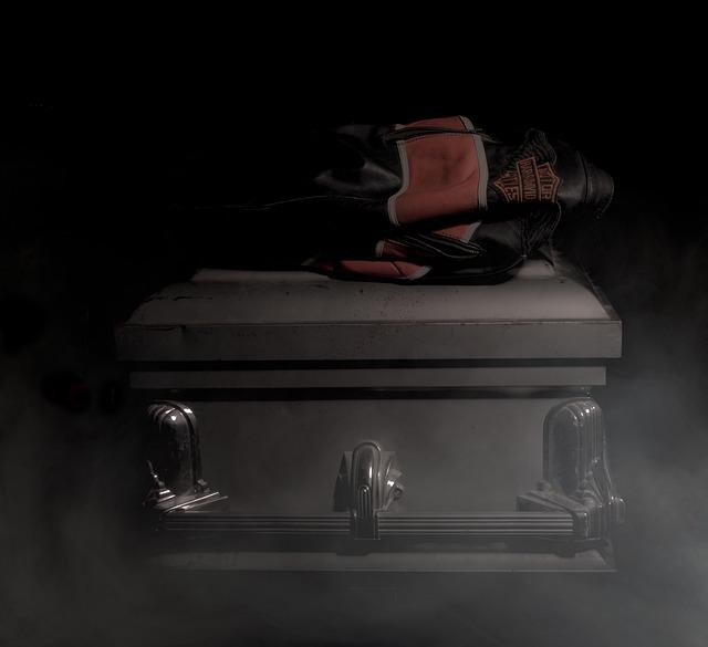 Coffin, Jacket, Tragedy