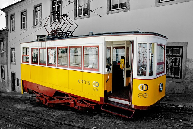 Lisbon, Train, Nostalgic, Portugal, Traffic, Old Town