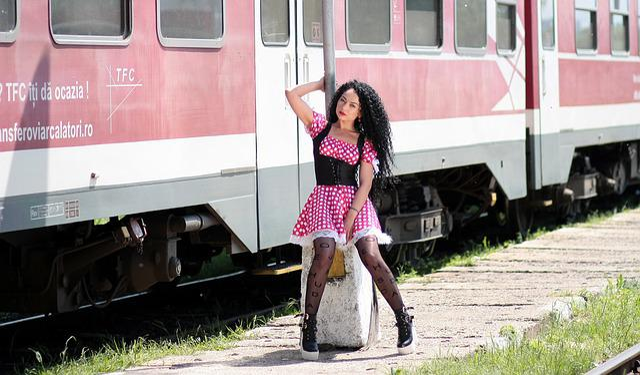 Girl, Train Station, Calling, Pole, Train, Peron, Dress