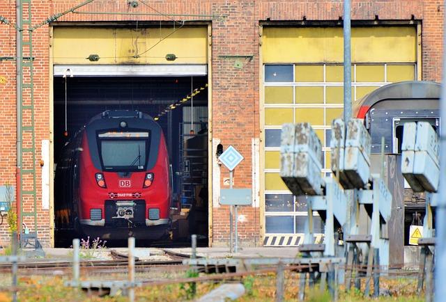 Repair Work, Railway, Train, Rail Traffic, Seemed
