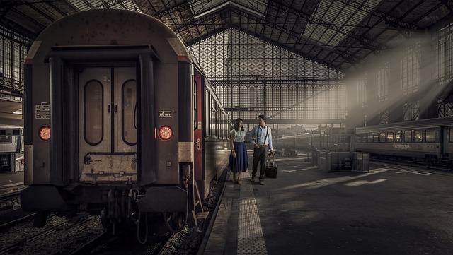 Train Station, Couple, Traveling, Railway, Travelers