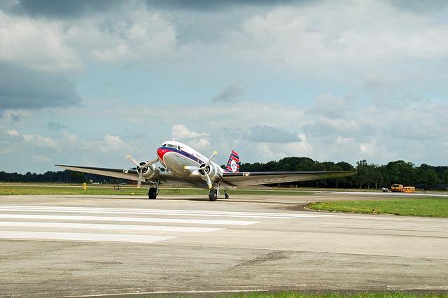 Plane, Transport, Vliegterrein, Aircraft, Martin Air