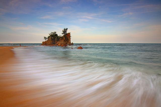 Water Motion, Beach, Sea, Vacation, Splashing, Travel