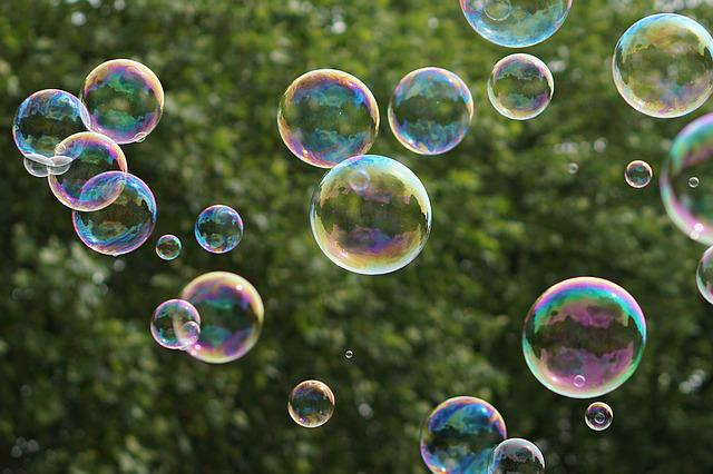 Soap Bubbles, Green, Farbenspiel, Tree, Colorful