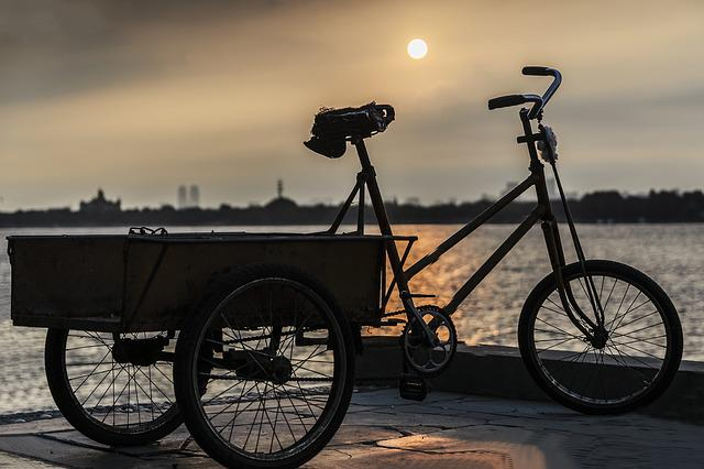 Dusk, Tricycle, Songhua River, Sketch, Sunset