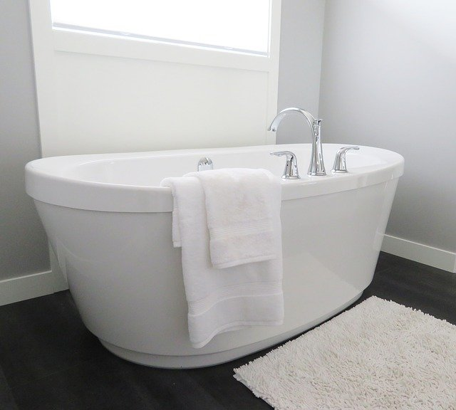 Bathtub, Tub, Bathroom, Bath, White, Modern, Hygiene