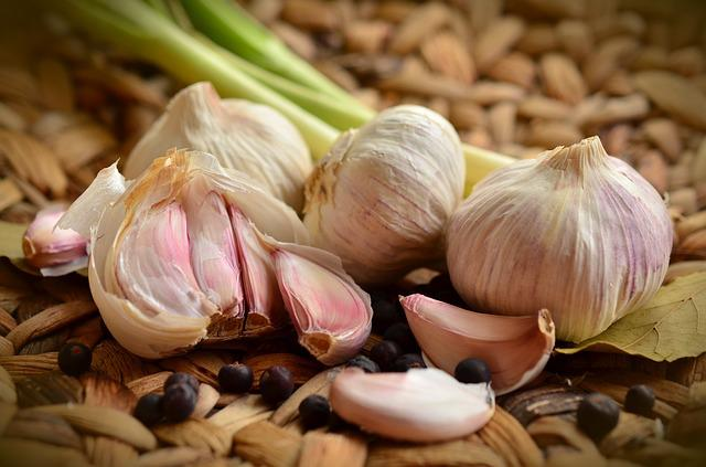 Garlic, Tubers, Spice, Food, Herb, Smell, Vegetables
