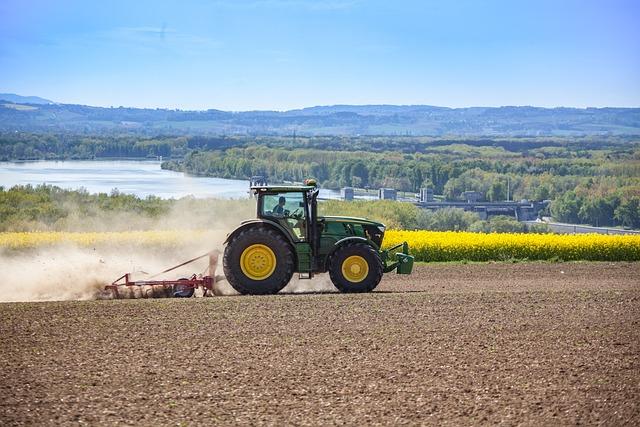 Tractor, Harrow, Agriculture, Farmer, Arable, Tug