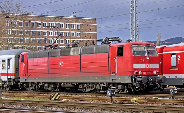 Electric Locomotive, Two-system Locomotive