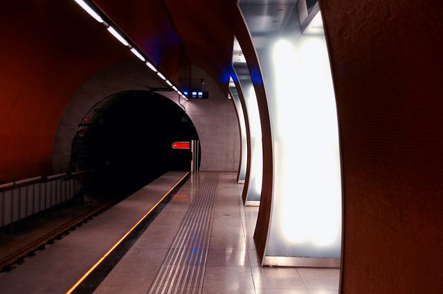 Metro, Underground, Station, Platform, Budapest