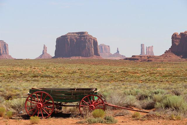 Monument Valley, Trolley, Utah, United States