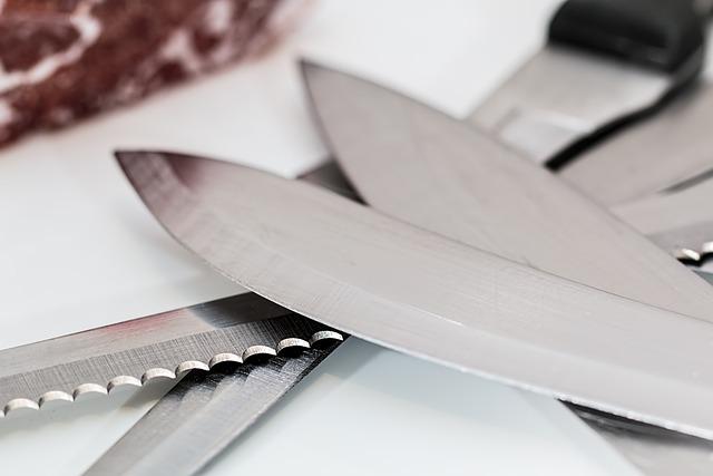 Knife, Serrated, Kitchen, Slice, Blade, Steel, Utensil