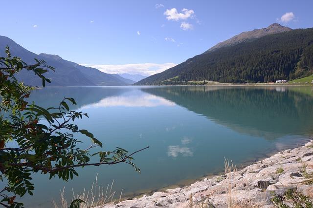 Val Venosta, Lake Resia, Lake