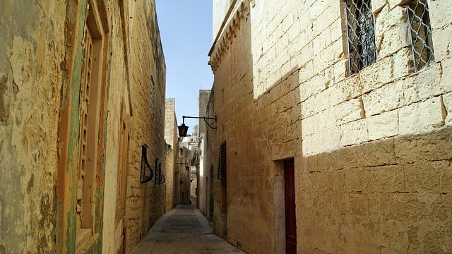 Malta, Lane, Valletta