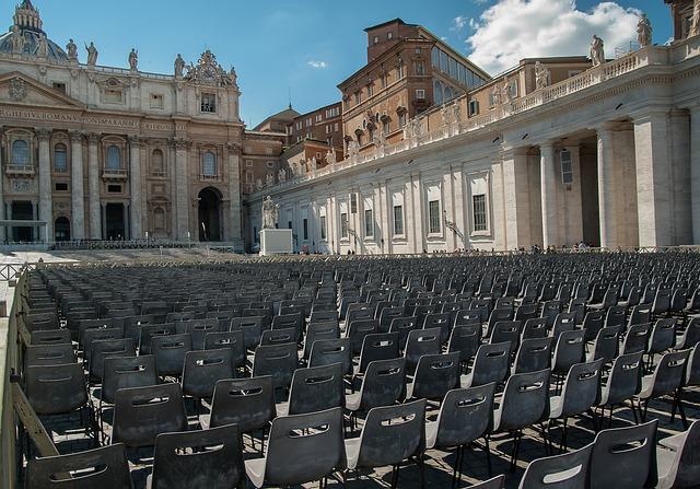 Rome, Vatican, John Dory Up, Chairs, Basilica