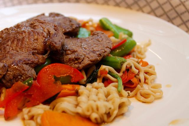 Noodle, Steak, Vegetables