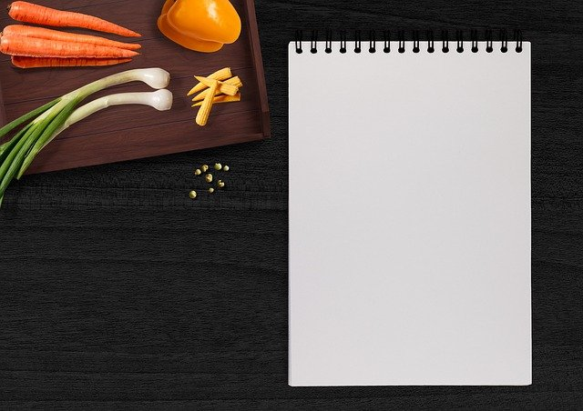 Writing Pad, Vegetables, Table, Tray, Paprika, Carrots