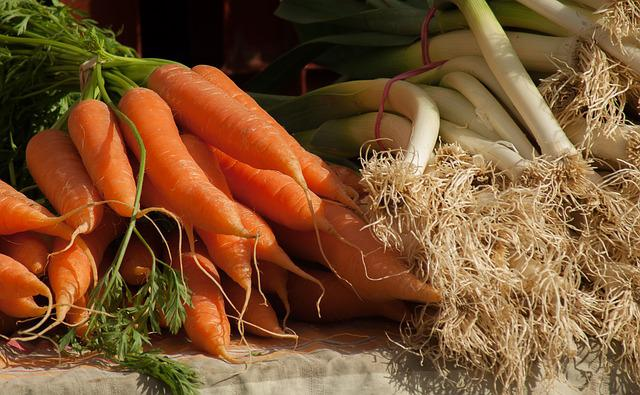 Carrots, Leeks, Vegetables, Market, Vegetable Garden