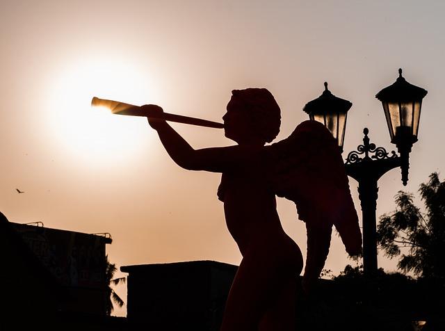 Maracaibo, Venezuela, Statue, Sculpture, Angle, Horn