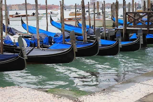 Venice, Gondola, Italy, Gondolas, Sea, Channel