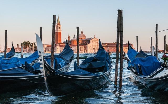 Gondola, Venetia, Venezia, Venice, Italy, Italia, Sea