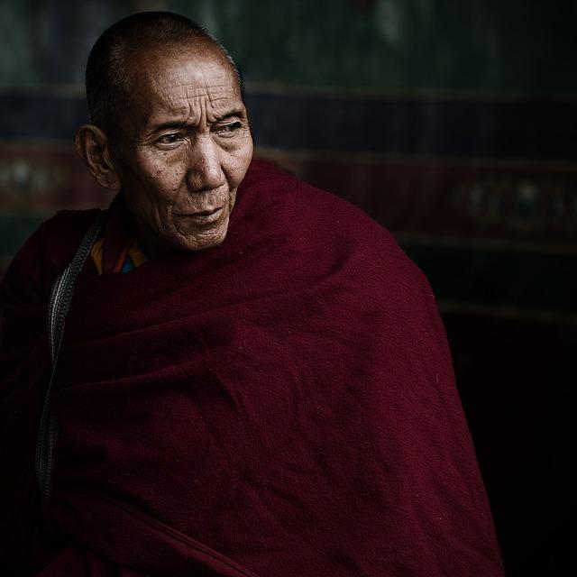 Lama, Tibet, Vicissitudes, Old Monk, China