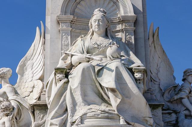 Queen Victoria, Statue, London, Queen, Victoria