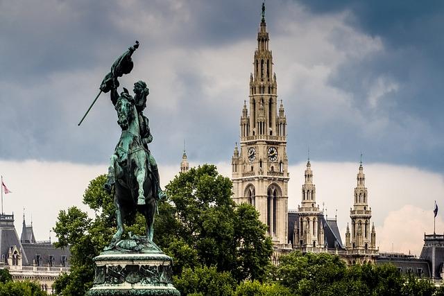 Vienna, Heldenplatz, Town Hall, Monument