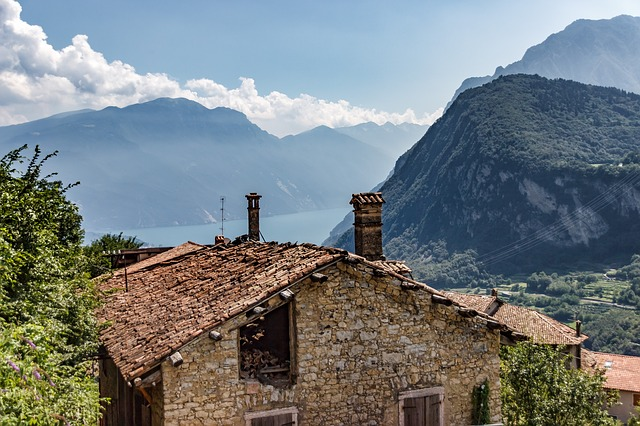 Bergdorf, Italy, Lake, View, Garda, Old, Home, Roof