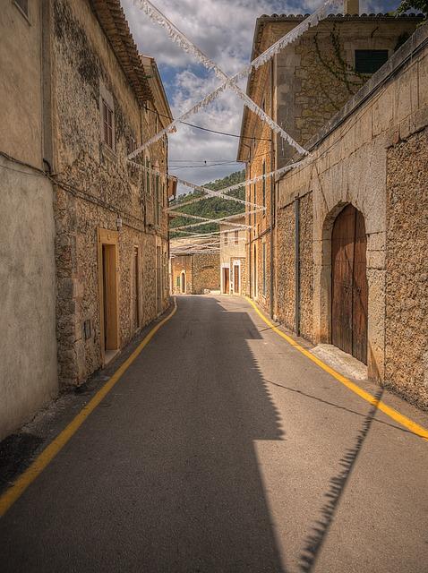 Alley, Caimari, Mallorca, Mediterranean, Village, Road
