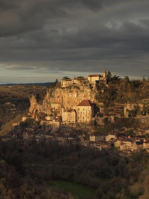 France, Rocamadour, Cliff, Cathedral, Village, Camino