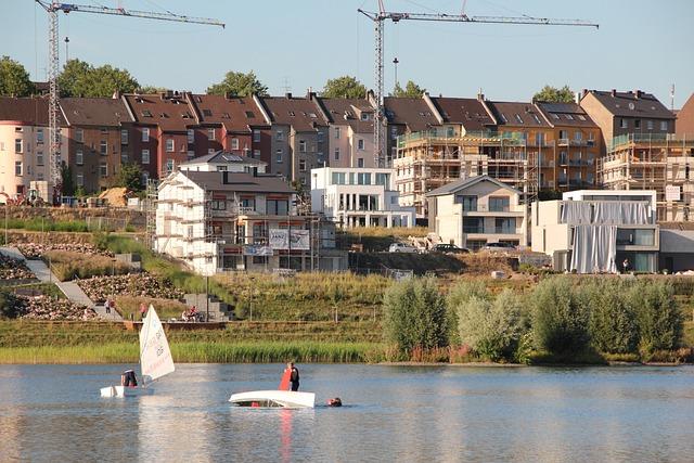 Dortmund, Phoenix Lake, Vineyard Road, Crane, Build
