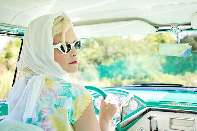Vintage 1950s, Pretty Woman, Vintage Car