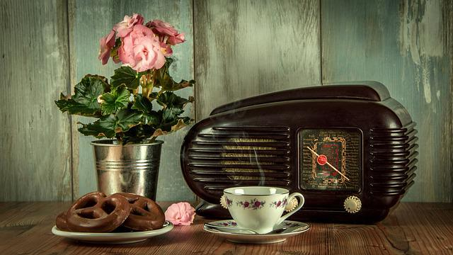 Vintage, Retro, Radio, An Antique, Museum, Still Life