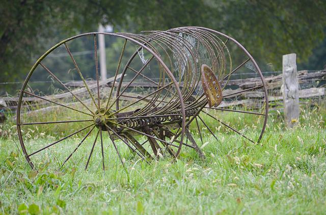 Hay Rake, Vintage Farm Equipment, Farm Equipment