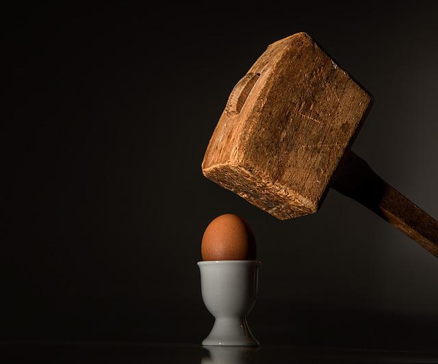 Egg, Hammer, Threaten, Violence, Fear, Intimidate, Hit