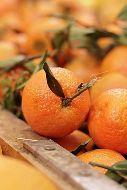 Fruit, Orange, Clementine, Citrus × Aurantium, Vitamins