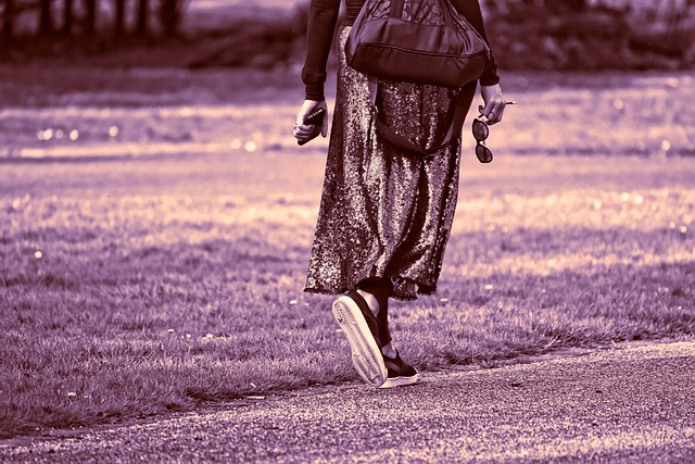 Person, Adult, Walking, Movement, Woman, Skirt, Hands