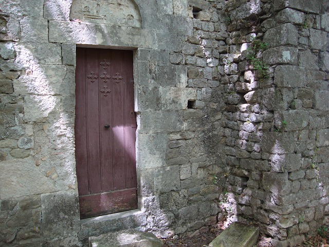 St Ostian, Ardèche, Wall, Door, Chapel